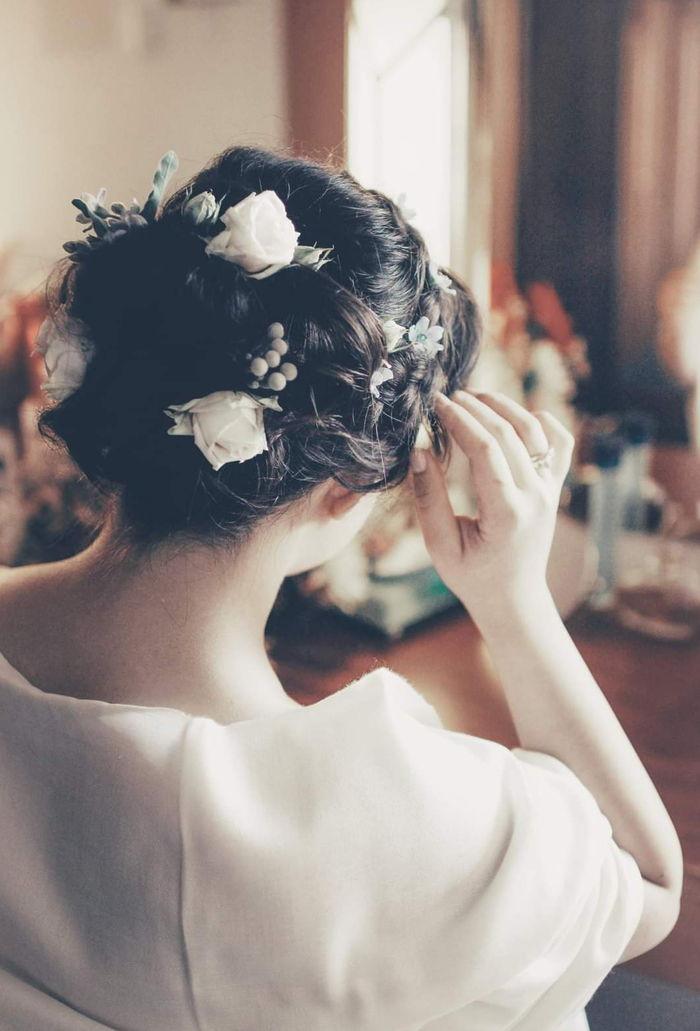 floral hair piece